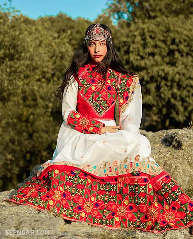 Summer White Afghan Dress 01